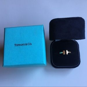 Tiffany T collection, Square Ring